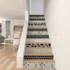escaliers décorés avec du papier peint