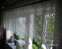 Crochet Curtains, Crocheting, Projects To Try, Store, Home Decor, Crochet Chart, Diy Ideas For Home, Crochet, Decoration Home
