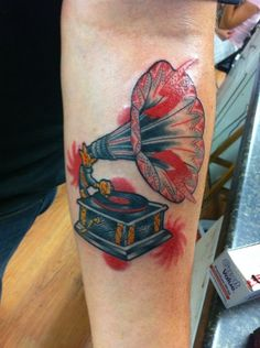 1000 images about phonograph tattoos on pinterest for Electric lotus tattoo