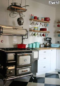 funky red & blue kitchen: love this redo on D*S of a red & blue kitchen