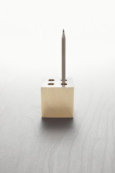 M I N I M A L U X Brass Pen Pot - would be perfect on my desk.
