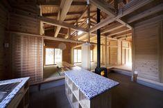 #板倉工法#板倉造り#杉#木造#タイルのキッチン#薪ストーブ#田舎暮らし#土間の家