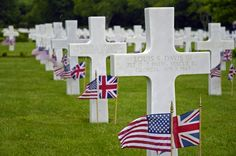 Soldiers Cemetery Image : http://www.memorialdayblog.com/2015/04/memorial-day-images-2015-flag-quotes.html