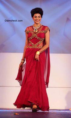 Sushmita Sen walks for Sonakshi Raaj and Riddhi Jewellers at 2014 IBJA