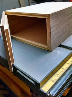How to Build a Humidor-Step 4