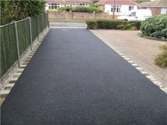 Co-Operative Contractor have been and driveways for over 10 years from gravel driveways, concrete driveways to Tarmac driveways in Essex & London. Contact us on 0800 696 5034 or 0777 483 Block Paving Driveway, Asphalt Driveway, Driveway Design, Front Yard Design, Driveway Landscaping, Driveway Ideas, Tarmac Driveways, Concrete Driveways, Low Maintenance Landscaping