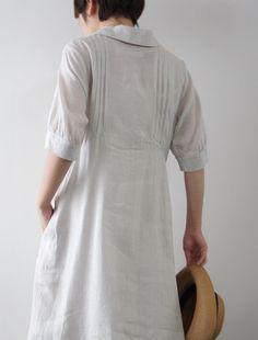 [Envelope Online Shop] Ekaterina Lisette dress back bodice detail