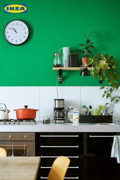 Egal ob kleine Veränderungen oder ein komplett neuer Look. Wir helfen dir auf dem Weg  zur Traumküche. 🙌 Storage Solutions, Kitchen Cabinets, Shelves, Cool Stuff, Design, Furniture, Home Decor, Switzerland, Globe