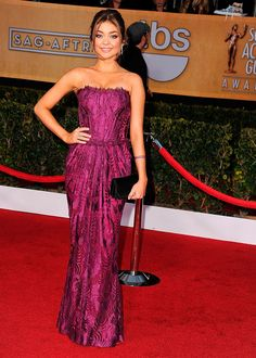 Sarah Hyland en Dolce & Gabbana - SAG Awards 2013