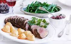 Roast beef with beetroot chutney: A delicious and healthy alternative to the regular Christmas mains.