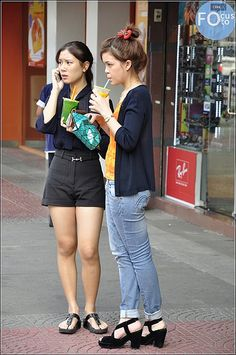 JP - Standing | Waiting | Posing | Siam Square | Bangkok | Flickr - Photo Sharing!