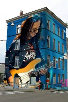 Geddy Lee of Rush Great Bands, Cool Bands, Rush Music, A Farewell To Kings, Rush Band, Street Art, Geddy Lee, Neil Peart, Music Drawings
