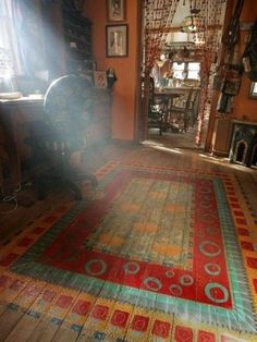 painted floor.  I could think of so many other ways to use this ... quilt, afghan ...