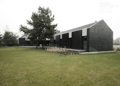 y-house. Tamizo Architects, Random House, House Exteriors, House Architecture, Single Family, Fireplaces, Townhouse, Barn, Boxes