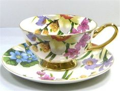 Lovely Teacup overflowing with flowers