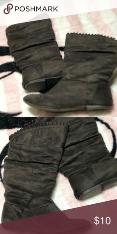 Grey/green boots Well loved but still look great Avenue Shoes Winter & Rain Boots
