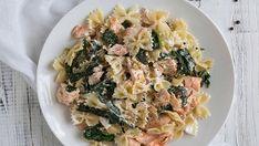 Μπουρέκια με αναρή – Χρυσές Συνταγές Kai, Spinach Leaves, Cooking For Two, Salmon Fillets, Serving Platters, Pasta Salad, Risotto, Seafood