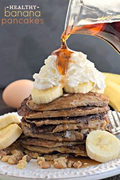 Healthy Banana Pancakes from @shugarysweets