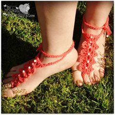 Free crochet pattern barefoot sandals. Easy, hooks up fast, great yarn stash-buster; and by adding the beading, they become elegant, festive & fun to wear.