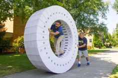 The Apple Human Hamster Wheel - Neatorama