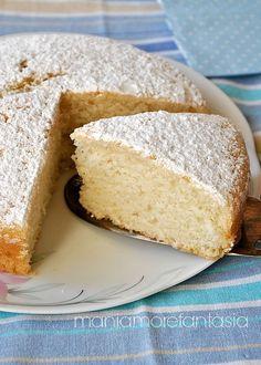 Ingredienti per uno stampo di 18/20 cm 100 g di farina 00 125 g di farina 0 150 g di zucchero 250 g di acqua 50 g di olio di semi aroma a pi...