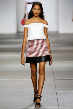 Topshop Unique – Spring 2015 RTW Runway Fashion, Fashion Show, London Fashion, Fashion Spring, Fashion Trends, British Fashion Brands, High Street Fashion, Street Style, Look 2015