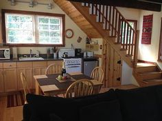 VRBO.com #475591 - Quiet Cottage on 5 Acres Minutes from Mendocino and Ocean