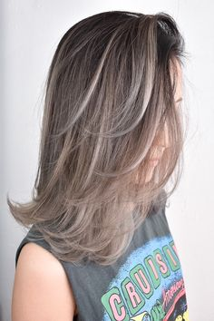 Pin on Hair Balayage Hair Ash, Hair Streaks, Ombre Hair, Pretty Hair Color, Hair Color For Black Hair, Haircuts For Long Hair, Easy Hairstyles, Beauty Hair Extensions, Asian Short Hair