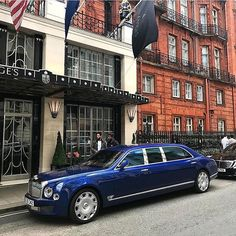 Rolls Royce – One Stop Classic Car News & Tips Bentley Motors, Bentley Car, Luxury Suv, Luxury Yachts, Rolls Royce, Muscle Cars, Limo Ride, Bentley Mulsanne, Lamborghini Gallardo