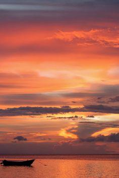 Malapascua Island, Philippines by Jan Pleiter Landscape Photos, Landscape Photography, Beautiful World, Beautiful Places, Beautiful Scenery, Amazing Sunsets, Amazing Nature, Beautiful Sunrise, Belle Photo
