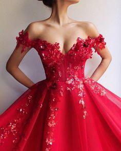 Elegant Long Red Lace Beads Long Prom Dresses, A Line Satin Evening Dresses - atemberaubende kleider Red Formal Dresses, Quince Dresses, Prom Dresses For Sale, Formal Evening Dresses, Evening Gowns, Formal Prom, Evening Party, Red Ball Gowns, Ball Gown Dresses