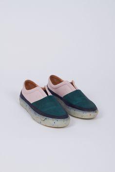 b4915429011 S01 W16 Boa Slip Ons   Rosé Green 20388