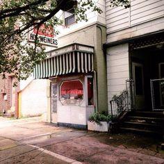 12 Irresistible Restaurants That Define North Carolina