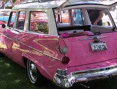 @Debbie Stueckle-Devenny I can see you drivin around in this!