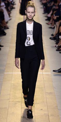 Desfile Christian Dior PrimaveraVero 2017 Paris Fashion Week Destaques  Fragmentos de Moda