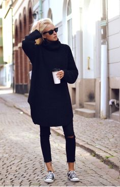 Oversized sweater, distressed jeans, and coffee...perfect weekend uniform for fall #fallfashion #weekenduniform