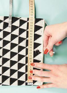 Crochet Purses Design How to make: a modern crochet evening bag - Telegraph - Tapestry Crochet Patterns, Crochet Purse Patterns, Crochet Clutch, Crochet Handbags, Crochet Purses, Crochet Bags, Crochet Shell Stitch, Bead Crochet, Crochet Stitches