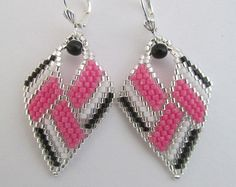 Seed Bead Leaf Earrings Copyright 2014 Patti Ann by pattimacs Beaded Earrings Native, Seed Bead Earrings, Leaf Earrings, Seed Beads, Jewelry Clasps, Bead Jewellery, Etsy Jewelry, Beaded Jewelry, Bracelet Wrap