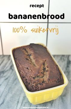 Recept: suikervrij bananenbrood - One Hand in my Pocket Recept: suikervrij bananenbrood - One Hand in my Pocket Healthy Cake, Healthy Baking, Healthy Recepies, Healthy Snacks, Gourmet Recipes, Low Carb Recipes, Good Food, Yummy Food, Food Inspiration