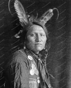 """Charging Thunder a Sioux Indian vintage 8x10 Reprint Of photo Charging Thunder a Sioux Indian vintage 8x10 Reprint Of photo Here is a neat collectible featuring """"Charging Thunder"""", a Sioux Indian in a"""
