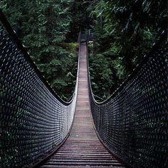 Swing bridge, Lynn Valley, Vancouver, British Columbia, Canada