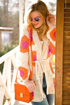 Sacón Tapado Sweater Cardigan Crochet Coat, Crochet Winter, Crochet Jacket, Crochet Cardigan, Crochet Clothes, Mode Crochet, How To Make Clothes, Crochet Fashion, Crochet Accessories