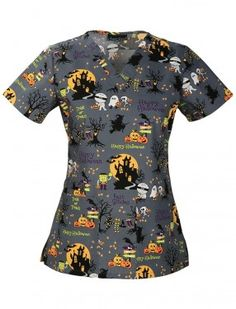 Cherokee Women's Classic Fit V-Neck Top_Ghouls Night A fit and flare V-neck top features two patch pockets, an instrument loop and side vents for ease of movement. Scrubs Outfit, Scrubs Uniform, Halloween Scrubs, Halloween Outfits, Halloween Clothes, Scrub Shop, Medical Scrubs, Nursing Scrubs, Cherokee Woman