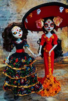 The Book of Life – Carmen Sanchez – Ooak Tree Dolls Custom Monster High Dolls, Monster High Repaint, Custom Dolls, Monster High Crafts, Mexico Day Of The Dead, Day Of The Dead Art, Ooak Dolls, Barbie Dolls, Book Of Life Movie