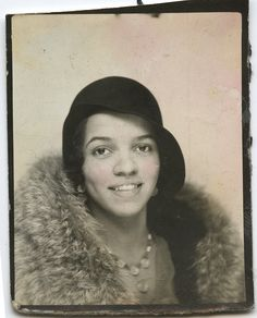 Photobooth portrait of young woman, 1930s were produced in a studio setting long before the quick & dirty 'bathroom-cell-phone-self-portrait'