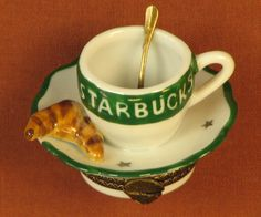 In the 1990s, Starbucks had several styles of Limoges boxes produced for them and sold in their stores.