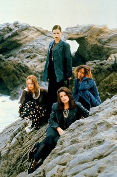 THE CRAFT with Robin Tunney, Fairuza Balk, Neve Campbell and Rachel True
