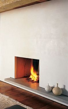 10 Favorites: Minimalist Fireplaces from Members of the Remodelista…