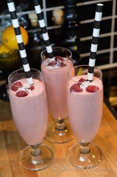 hallon och jordgubbssmoothie