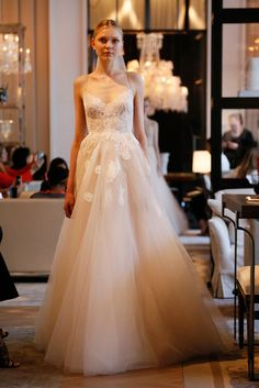 Monique Lhuillier wedding gown with Chantilly lace applique // Best of Bridal Week 2016 - Part 1